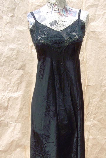 vintage 30s 40s black applique slip