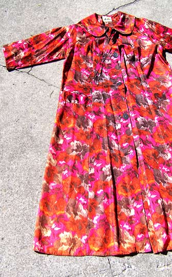 vintage 50s red floral lounge robe