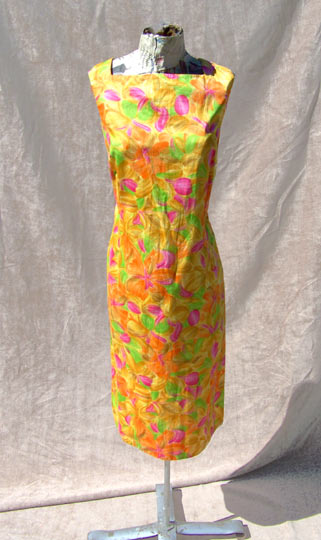 Vintage Kamehameha printed dress traditional deadlyvintage com from deadlyvintage.com