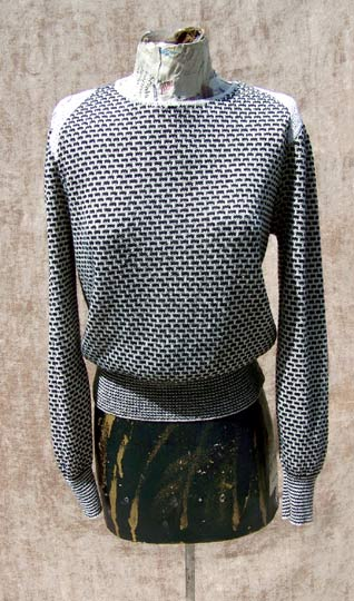 vintage 70s decorative grey black sweater