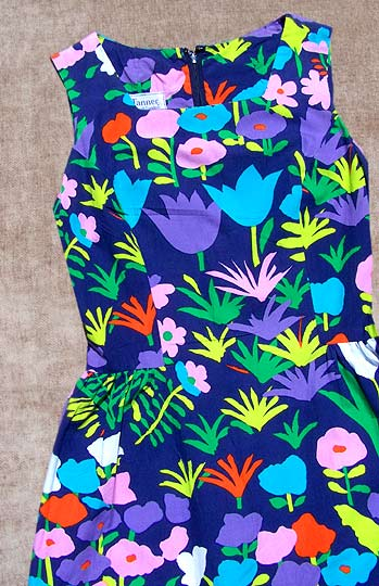 Vintage Tanner Pop print maxi dress late 1960s to mid 1970s deadlyvintage com from deadlyvintage.com