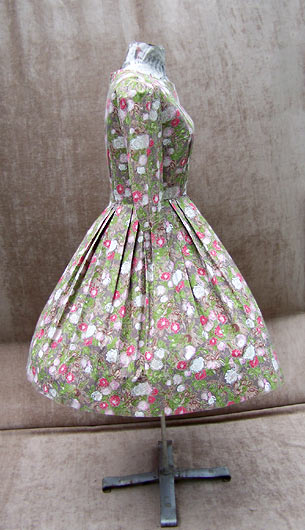 vintage 50s pleated floral dress