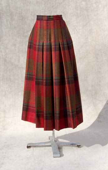 Vintage designer Perry Ellis plaid skirt NWT late 1970s to early 1980s shop vintage free shipping with purchase deadlyvintage com from deadlyvintage.com