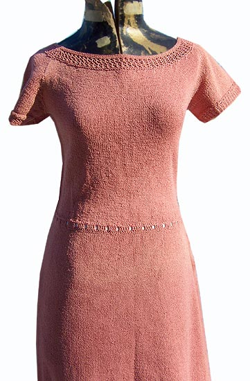 vintage 40s curvy knit dress