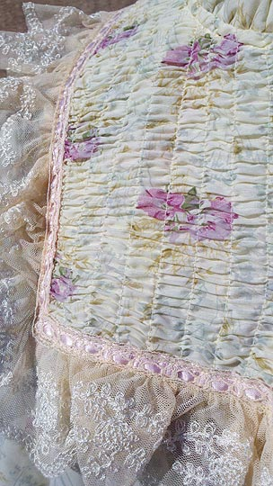 vintage 60s floral ruffled peignoir
